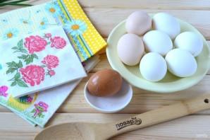 Пасхальные яйца с цветами - фото шаг 1