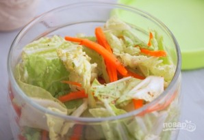 Салат из корейской капусты - фото шаг 5
