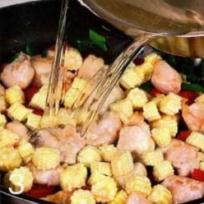 Суп куриный с кукурузой  - фото шаг 3