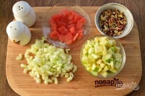 Вальдорфский салат с грейпфрутом - фото шаг 4