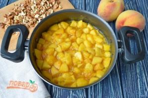 Варенье из персиков с грецкими орехами - фото шаг 5