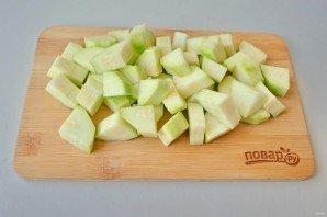 Салат из кабачков и огурцов - фото шаг 2
