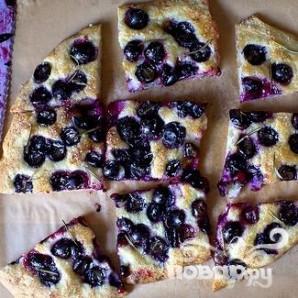 Фокачча с виноградом и розмарином - фото шаг 3