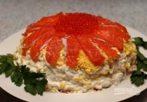 Салат с красной рыбой слоями - фото шаг 13