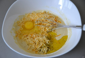 Кукурузные лепешки с сыром - фото шаг 3