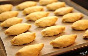 Пирожки со шпиком - фото шаг 14