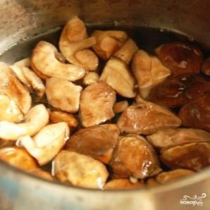 Свинина с грибами под сыром - фото шаг 1