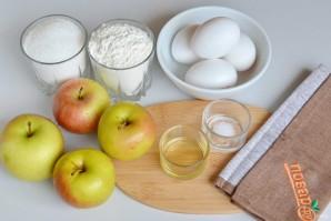Классический яблочный пирог - фото шаг 1