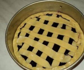 Пирог с черничным вареньем - фото шаг 6