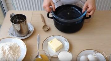 """Торт """"Медовик"""" (Рыжик) - фото шаг 1"""