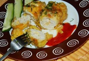 Куриные рулеты с сырной начинкой - фото шаг 7