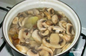 Крем-суп из шампиньонов с картошкой - фото шаг 3
