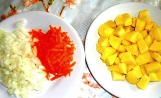 Суп с фрикадельками и макаронами - фото шаг 2