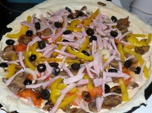 Пицца с сыром и грибами - фото шаг 1
