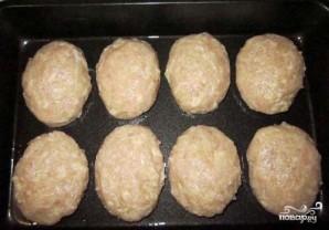 Котлеты из куриного фарша в духовке - фото шаг 2