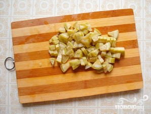 Весенний салат с черемшой и маринованными кабачками - фото шаг 3