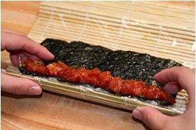 Суши с тунцом - фото шаг 6