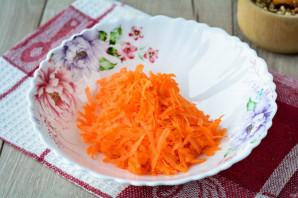 Салат с орешками - фото шаг 2