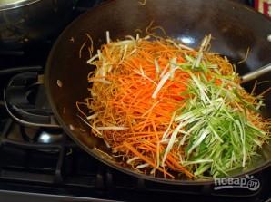 Чау-мейн с овощами - фото шаг 5