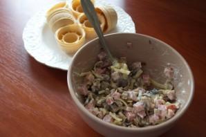 Закуска из ветчины и сыра - фото шаг 5