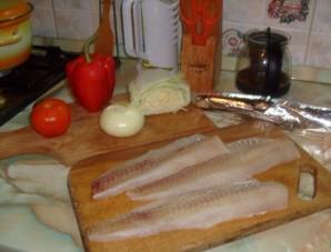 Пангасиус в фольге с овощами - фото шаг 1