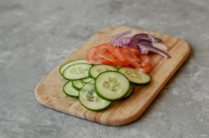 Овощной салат с йогуртом - фото шаг 3