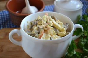 Салат с печенкой и корейской морковкой - фото шаг 6