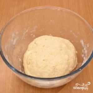 Пирог с консервированной рыбой - фото шаг 1