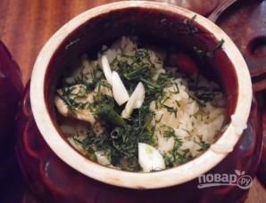 Курица с рисом в горшочке - фото шаг 8