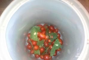 Засолка помидоров в бочках - фото шаг 3