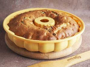 Кекс с изюмом и яблоками - фото шаг 7