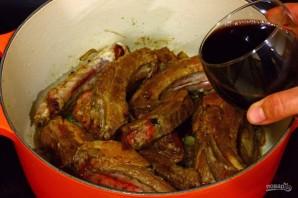 Свиные ребра в соусе с оливками - фото шаг 8