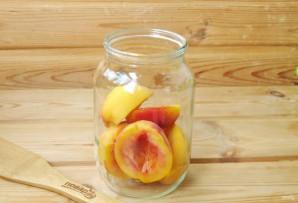 Компот из персиков и абрикосов на зиму