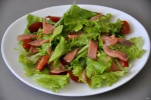 Зелёный салат с красной рыбой - фото шаг 4