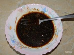 Свиная корейка в соевом соусе с чесноком - фото шаг 2