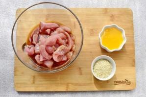 Куриная грудка в соевом маринаде - фото шаг 2