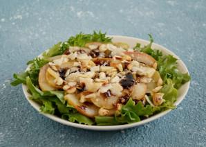 Салат с карамелизированной грушей - фото шаг 8