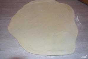 Пирог с капустой из дрожжевого теста - фото шаг 5