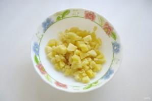 Картофельный салат с колбасой - фото шаг 1