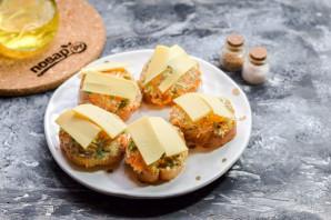 Запеченные бутерброды с рыбой - фото шаг 7