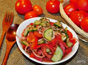 Овощной салат с базиликом - фото шаг 4