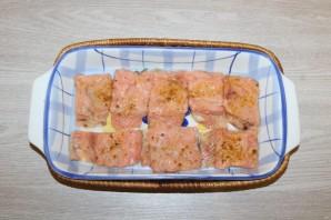Горбуша с помидорами и сыром в духовке - фото шаг 7