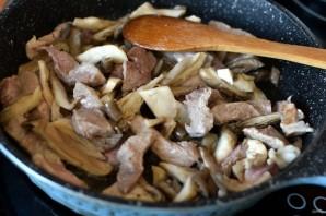 Свинина с вешенками и овощами - фото шаг 2