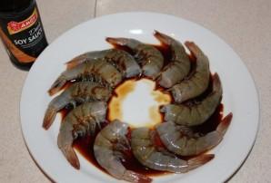 Креветки в соевом соусе жареные - фото шаг 4