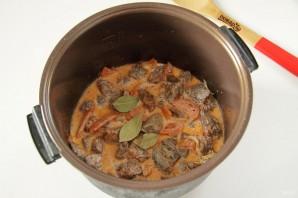 Говядина с морковью в мультиварке - фото шаг 6