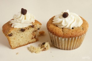 Кексы с шоколадной крошкой - фото шаг 7