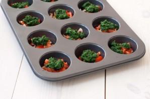 Маффины с помидорами и шпинатом - фото шаг 1
