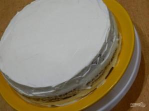 Сметанный торт с черносливом и орехами - фото шаг 7