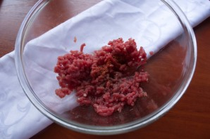 Бифштекс из говяжьего фарша - фото шаг 2