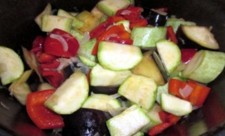 Тушеные овощи в утятнице - фото шаг 5